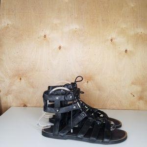 Black Gladiator Sandles 6.5 Gianni Bini